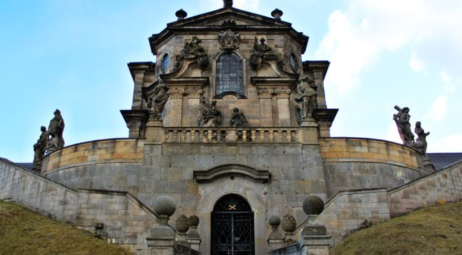 Private Day Trip to Kuks Castle and Baroque Pharmacy in Czechia