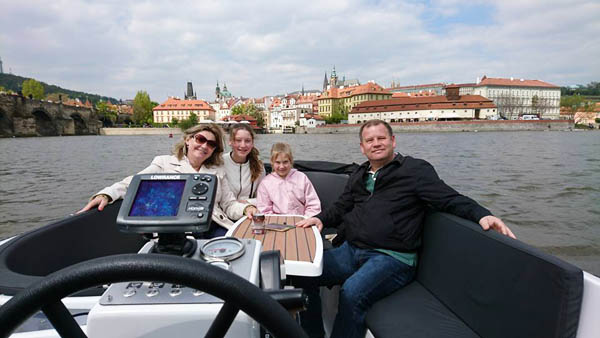 family private cruise in Prague