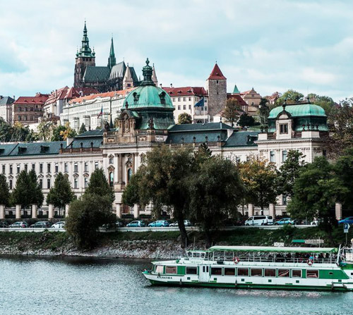 prague castle sightseeing tour - prague-castle-sightseeing-tour
